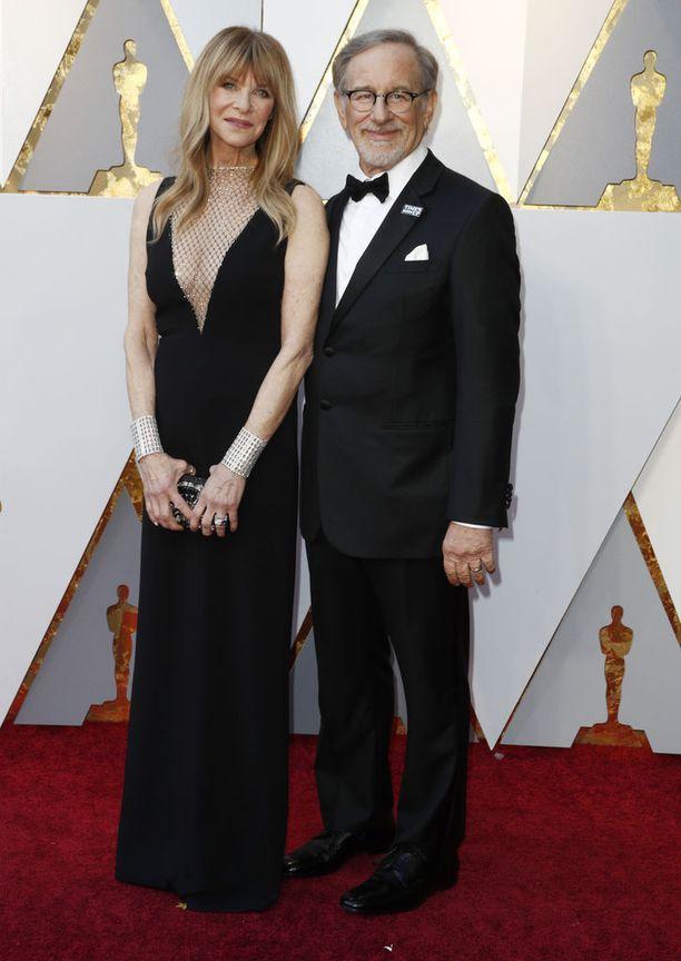 Hollywood-legenda saapui gaalaan vaimonsa Kate Capshaw'n kanssa. Pari on ollut naimisissa 26 vuotta.
