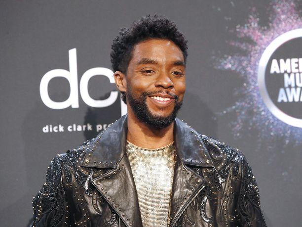 Chadwick Boseman palkittiin roolisuorituksestaan elokuvassa Ma Rainey's Black Bottom.