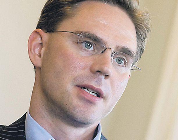 Valtiovarainministeri Jyrki Kataisen olisi syytä miettiä hallituksen dieselveroratkaisuja huolellisesti.