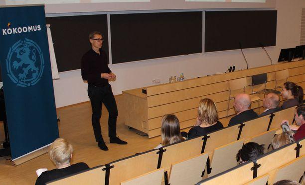 Stubb osallistui tiistaina turvallisuuspoliittiseen keskustelutilaisuuteen Jyväskylässä.