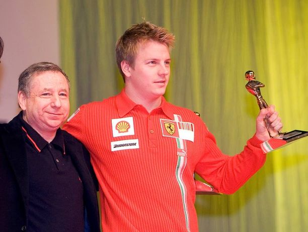 Vuosi 2007 - Jean Todt viimeistä vuottaan Ferrarin tallinpäällikkönä ja nuori Kimi Räikkönen kiitti maailmanmestaruudella.