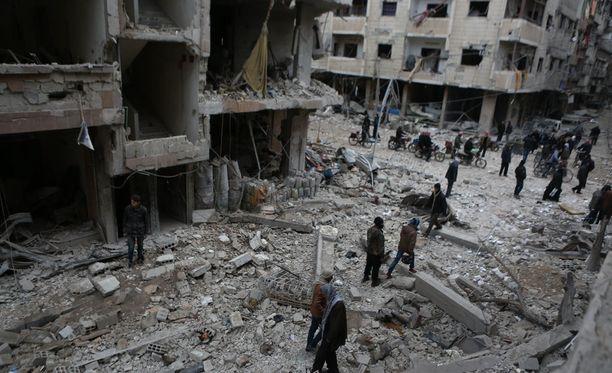 Syyrian hallitus on jatkanut Itä-Ghoutan piiritystä jo neljän vuoden ajan. Tänä vuonna iskut kapinallisia vastaan ovat kiihtyneet.