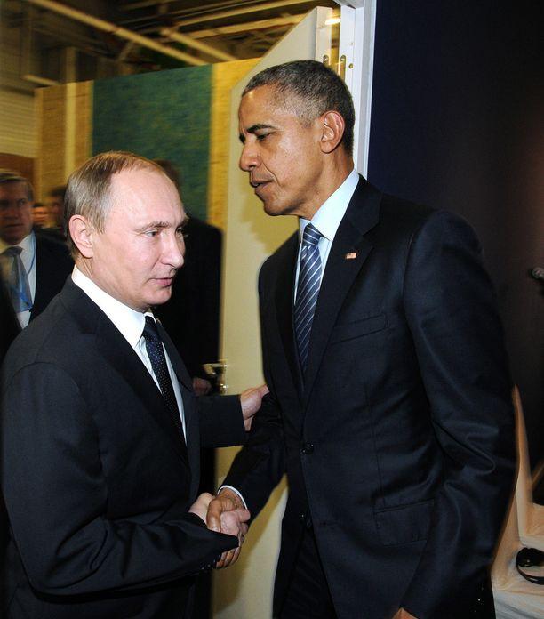 Ukrainan kriisin myötä Venäjän ja Yhdysvaltain väliset suhteet laahaavat pohjamudissa. Jännitteet näkyivät, kun Putin ja Obama kohtasivat marraskuussa Pariisin ilmastokokouksessa.