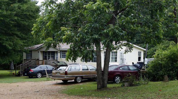 Neljä ihmistä sai surmansa tässä talossa Bogue Chitton pikkukylässä.