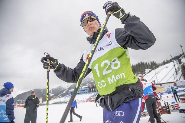 Matti Heikkinen treenasi perjantaina MM-laduilla. Lauantaina hän on mukana 30 kilometrin yhdistelmäkilpailussa.
