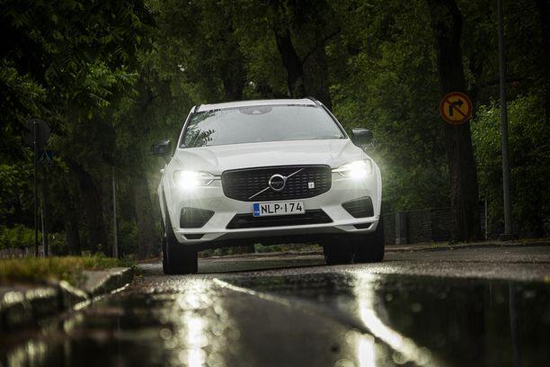 Suomen myydyintä lataushybridiä Volvo XC60 T8:aa löytyy myös Volvo Selekt -vaihtoautona.
