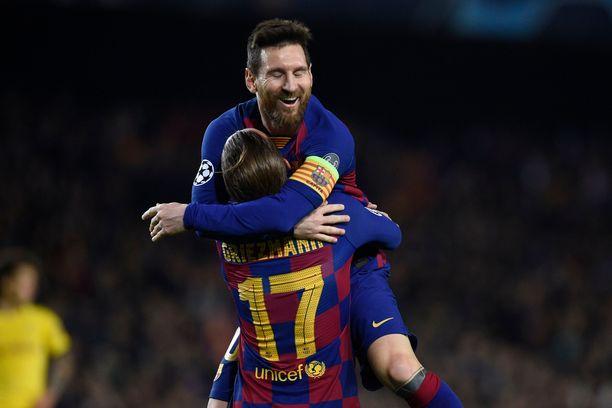 Antoine Griezmann ja Lionel Messi johtavat Barcelonan eurovalloitusta.