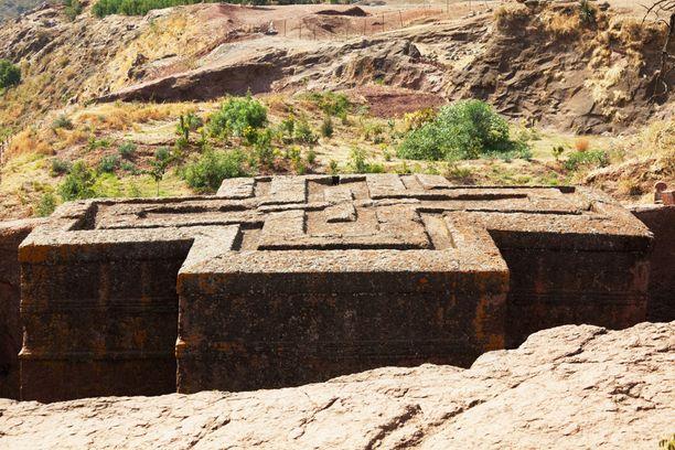 Lalibela tunnetaan kiveen hakatuista kirkoistaan.