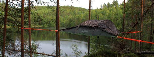 Ensi kesänä leijuva telttakylä nousee luontokeskus Haltian lähelle.