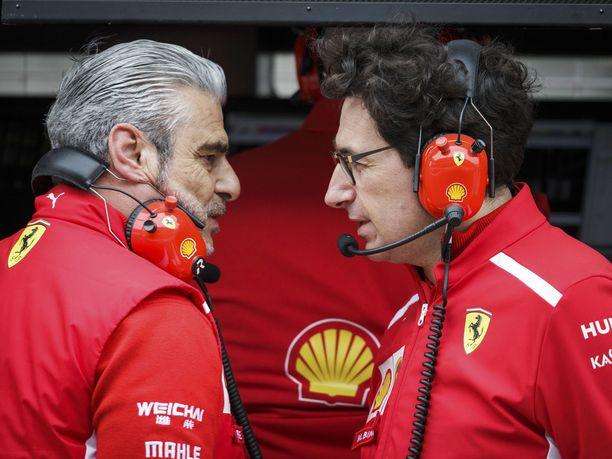 Maurizio Arrivabene ja Mattia Binotto eivät tule italialaislehtien mukaan enää toimeen keskenään.