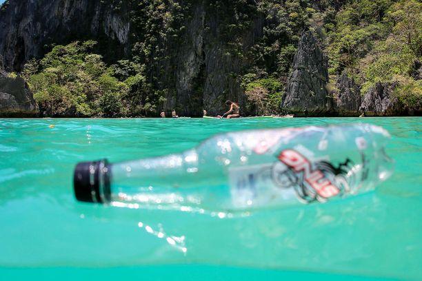 Boracayn paratiisimainen saaari Filippiineiltä suljettiin turisteiltä puhdistamista varten.