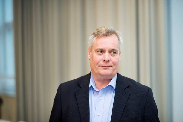 Antti Rinne ryhtyy vastuullisesti valtiovarainvarainministeriksi johtamaan politiikkaa edestä.
