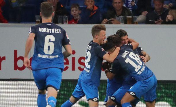 Hoffenheim juhli kahdesti Bayernin kustannuksella.