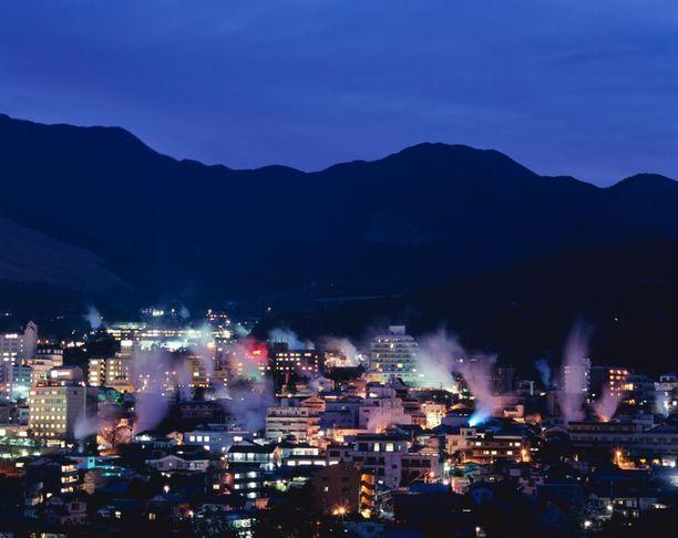 Kuumista lähteistä purkautuva höyry on Beppussa tavallinen näky.