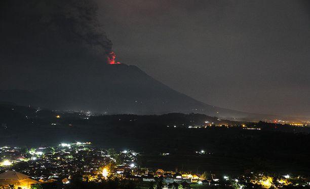 Balilla sijaitsevan Agung-tulivuoren purkausta pidetään väistämättömänä.