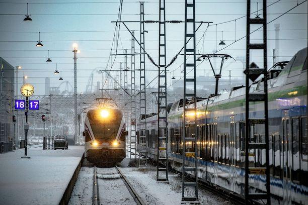 Rovaniemelle Saapuvat Junat