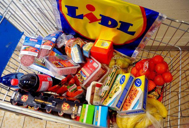 Mies sai ehdollisen vankeustuomion ryöstettyään ostoskärryllisen tavaraa espoolaisesta Lidlistä. Kuvituskuva.
