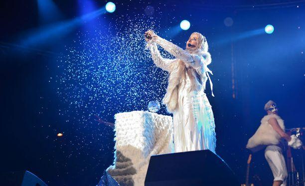 Tältä Noora Karman lumisade näytti.