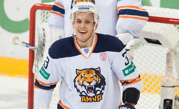 Tommi Taimi pelasi viime kaudella KHL:ää Amur Habarovskissa.