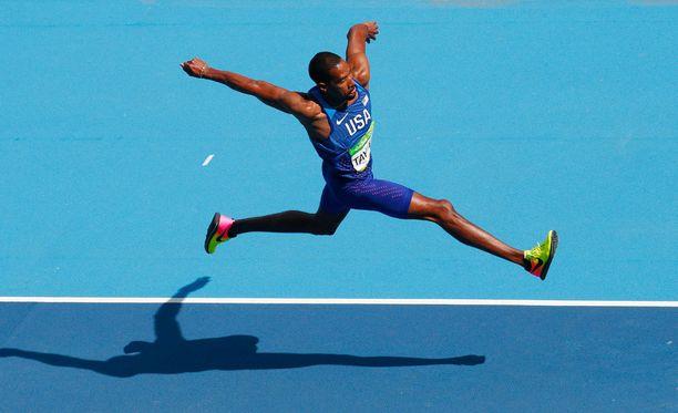 Christian Taylor ylitti 18 metriä. Arkistokuva.