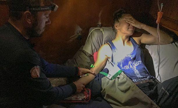 Viivi Pumpanen sai migreenilääkkeet suoraan suoneen.