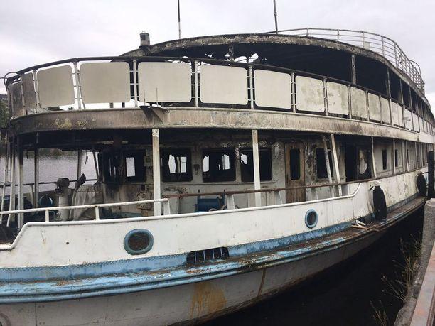 Hostellilaiva Korolenko paloi pahoin.