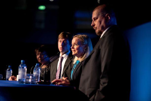 Sakari Puisto (vas.), Riikka Purra ja Ossi Tiihonen saavat IL-kyselyssä kannatusta perussuomalaisten uudeksi puheenjohtajaksi.