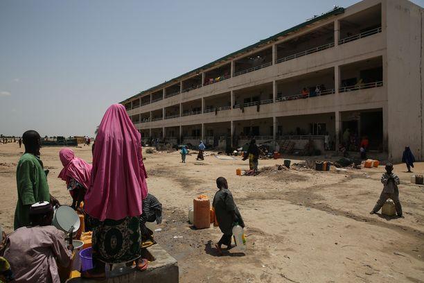 Noin kaksi miljoonaa ihmistä on joutunut jättämään kotinsa Nigerian konfliktien takia. Kuva Maidugurin liepeiltä vuodelta 2017.