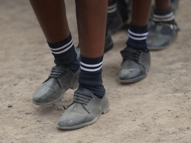 Eteläafrikkalaislukiossa ihmetellään raskaana olevien koulutyttöjen määrää.