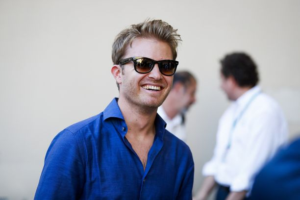 Nico Rosberg vaikuttaa tyytyväiseltä formulaeläkeläiseltä.