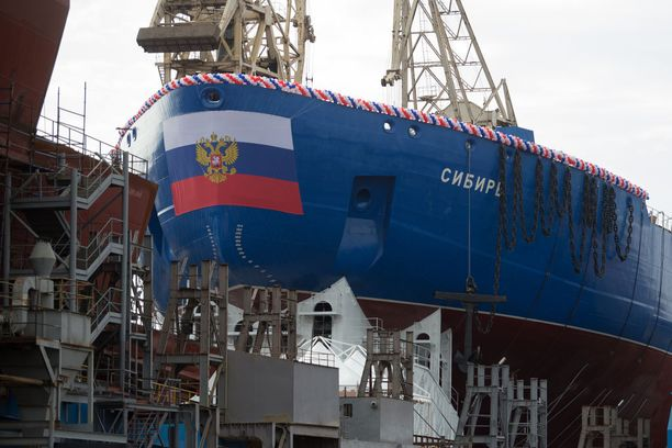 Sibirin köli laskettiin perjantaina Pietarissa.