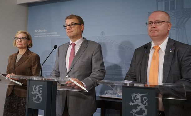 Professori Tuomas Ojanen ei ensi istumalta muista vastaavanlaista toimintaa Suomen politiikassa.