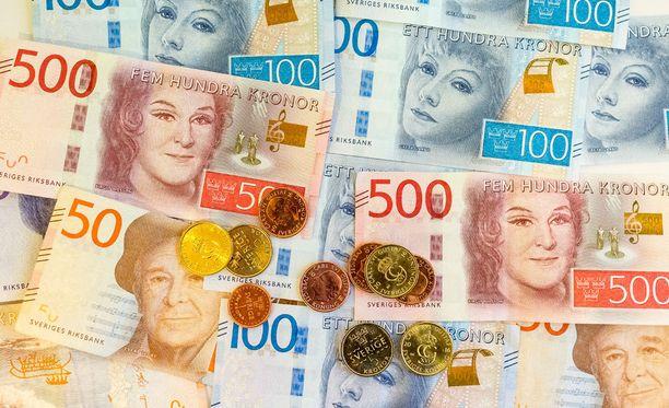 """Ruotsalaiset saivat hetken ajan pankkiautomaateista """"rajattomasti rahaa""""."""
