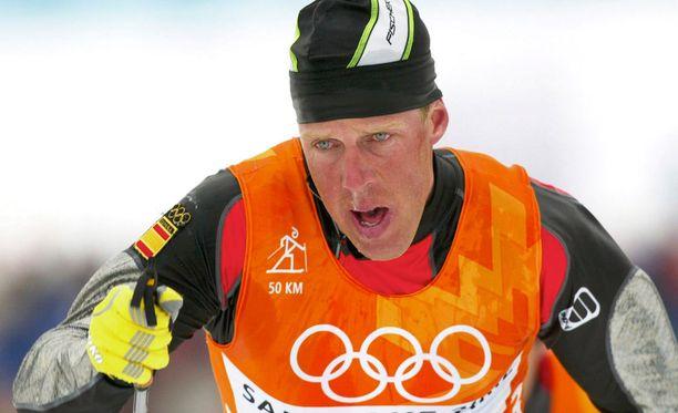 Saksalainen, Espanjaa edustanut Johann Mühlegg on yksi urheiluhistorian suurimpia dopinghuijareita - ja Norjassa näemmä sopiva rinnastus suomalaishiihtäjille.