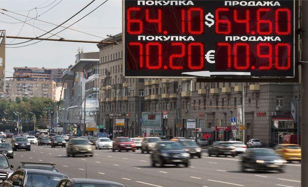 Venäjän talous jatkaa alamäessä.