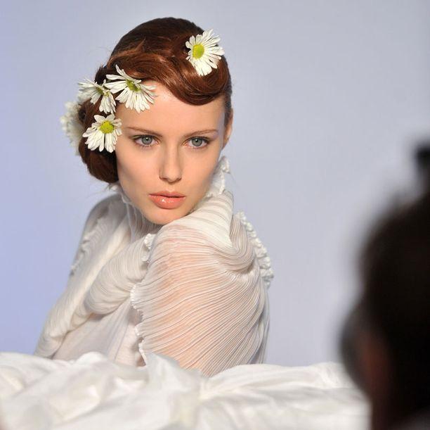 Kauniskasvoinen Campanella muotikuvauksissa New Yorkissa kesäkuun lopulla.