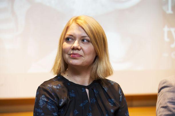 Elina Moisio toimi Vihreiden asiantuntijajäsenenä Luottamuksen ja tasa-arvoisten työmarkkinoiden Suomi -ryhmässä.