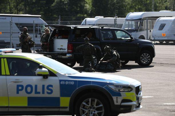 Panttivankitilanne tapahtui Hällbyn vankilassa.