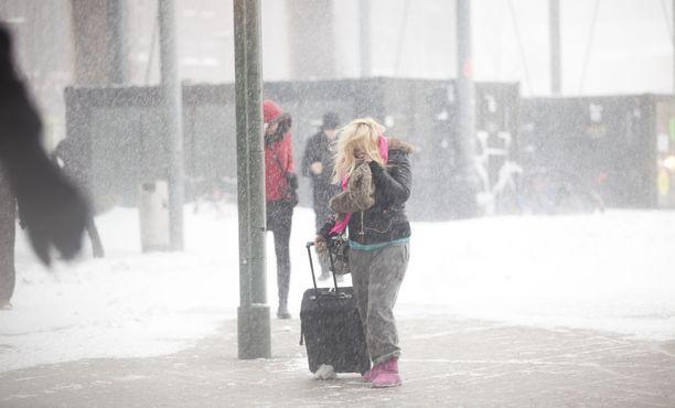 Loppuviikon lumisateiden ennustamiseen liittyy vielä suuri epävarmuus, mutta meteorologi uskoo niiden jäävän etelässä varsin vähäisiksi.