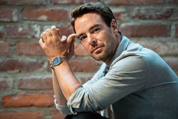 Näyttelijänä ja juontajana tunnettu Mikko Leppilampi on myös yrittäjä.