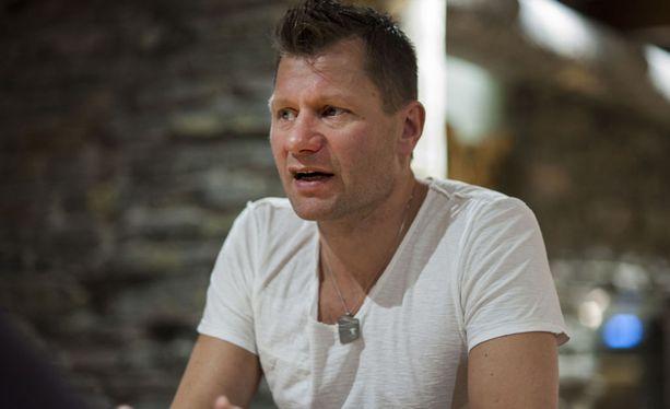 Mestarivalmentaja Toni Roponen toimii tällä kaudella Iltalehden hiihto- ja ampumahiihtoasiantuntijana.