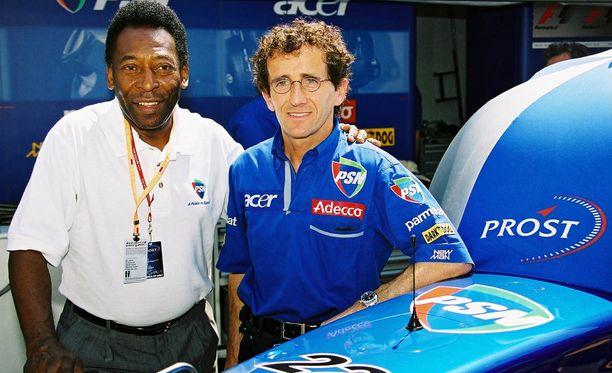 Vuonna 2000 Alain Prost sai vieraakseen futislegenda Pelén.
