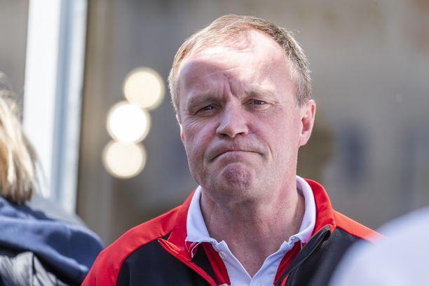 Tommi Mäkinen ei osannut selittää lopun tapahtumia.