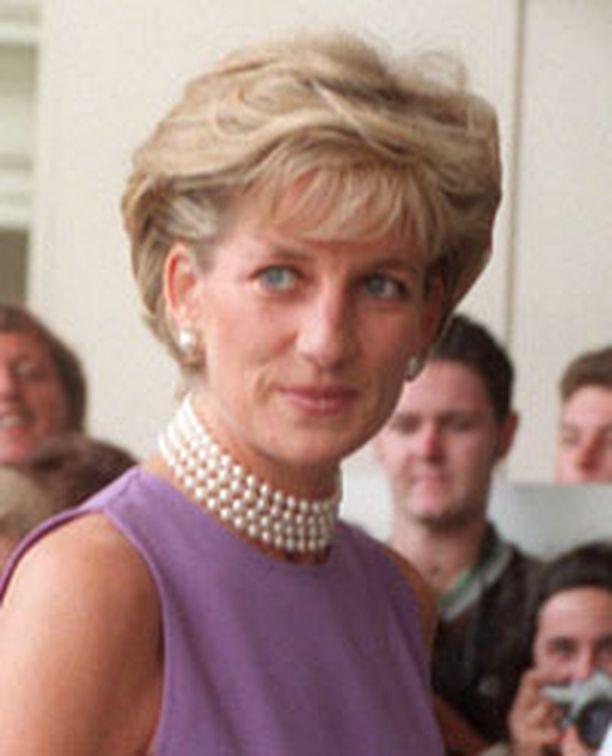 Prinsessa Dianan kuolema puhuttaa edelleen.