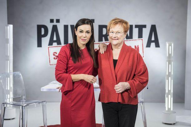 Tarja Halonen on muun muassa vaatinut turvapaikanhakijoiden pakkopalautusten keskeyttämistä.