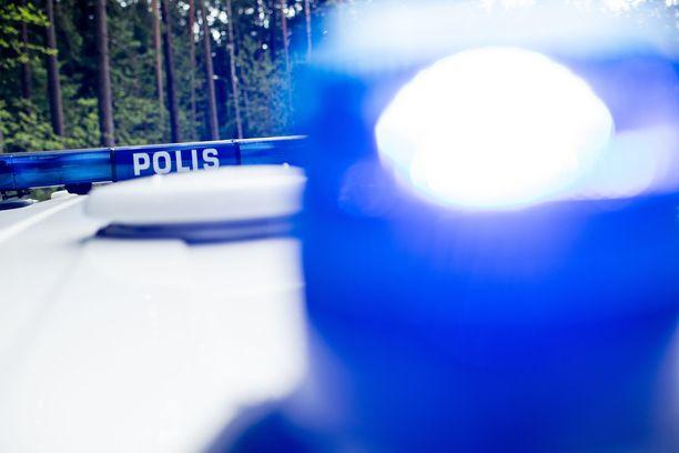 Poliisi tutkii henkirikostapausta Joensuussa. Kuvituskuva.