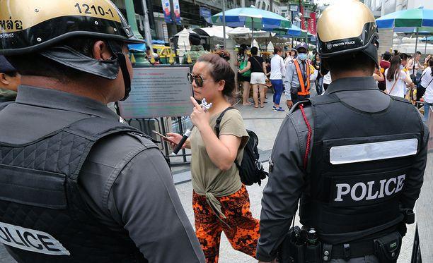 Myös pääkaupungissa Bangkokissa turvatoimia on tehostettu.