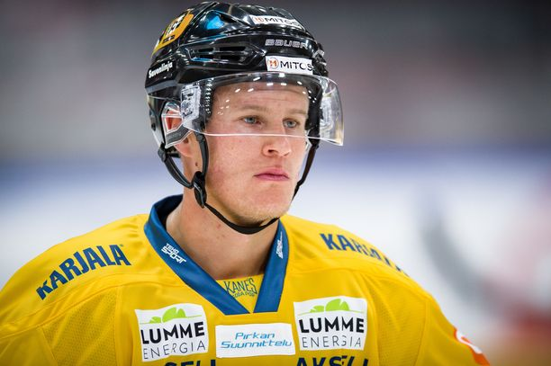 Aleksi Salosta ei nähdä tänään Jukurien takalinjoilla HIFK-ottelussa.