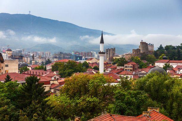 Makedonian suosio kasvaa kohisten.