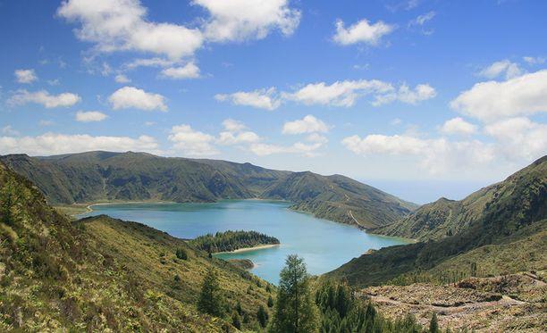 Azoreilla voi nauttia upeasta luonnosta.